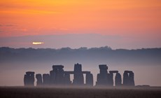 Sunrise over Stonehenge, ...
