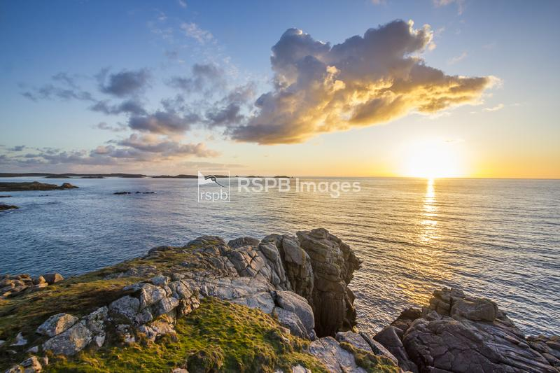Sunrise over Deep Point, St Mary's, Isles of Scilly, April 2015 ...